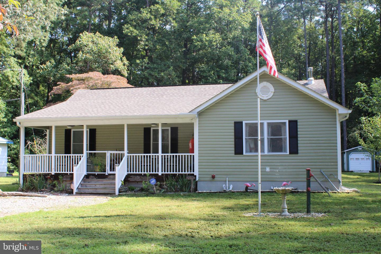 Single Family Homes para Venda às Heathsville, Virginia 22473 Estados Unidos