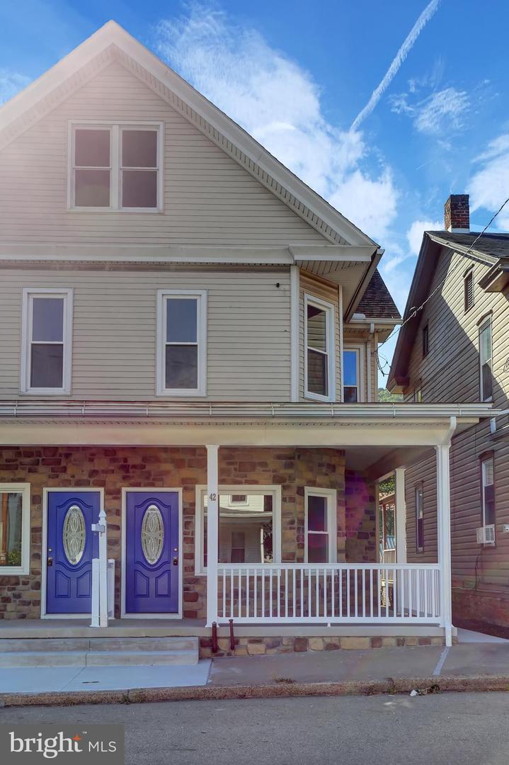 Single Family Homes pour l Vente à Elizabethville, Pennsylvanie 17023 États-Unis