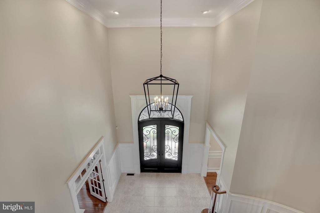 Front Foyer with Upgraded Lighting - 44220 RIVERPOINT DR, LEESBURG