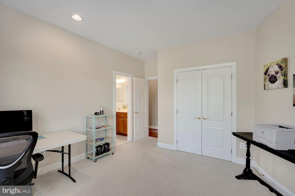 Bedroom #3 - 44220 RIVERPOINT DR, LEESBURG