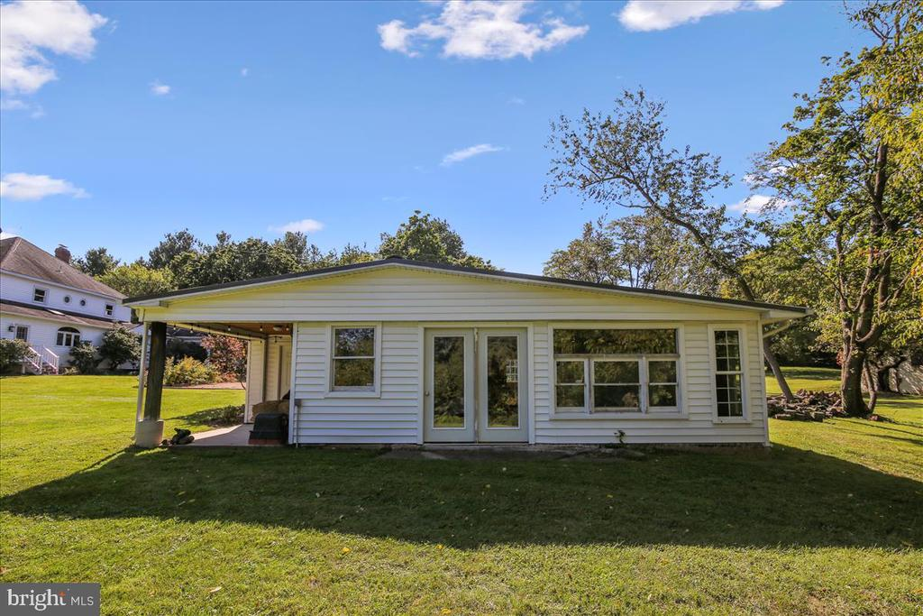 Outbuilding ready for your finishing touches - 39860 LOVETTSVILLE RD, LOVETTSVILLE