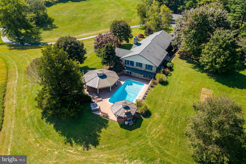 Single Family Homes для того Продажа на Sykesville, Мэриленд 21784 Соединенные Штаты