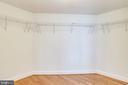 Huge walk-in closet - 1201 N GARFIELD ST #909, ARLINGTON