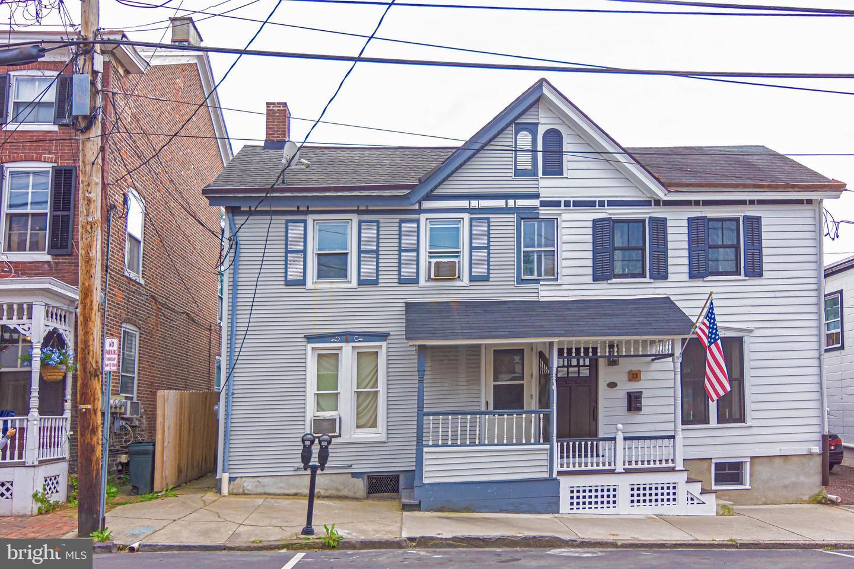 Duplex Homes für Verkauf beim Lambertville, New Jersey 08530 Vereinigte Staaten