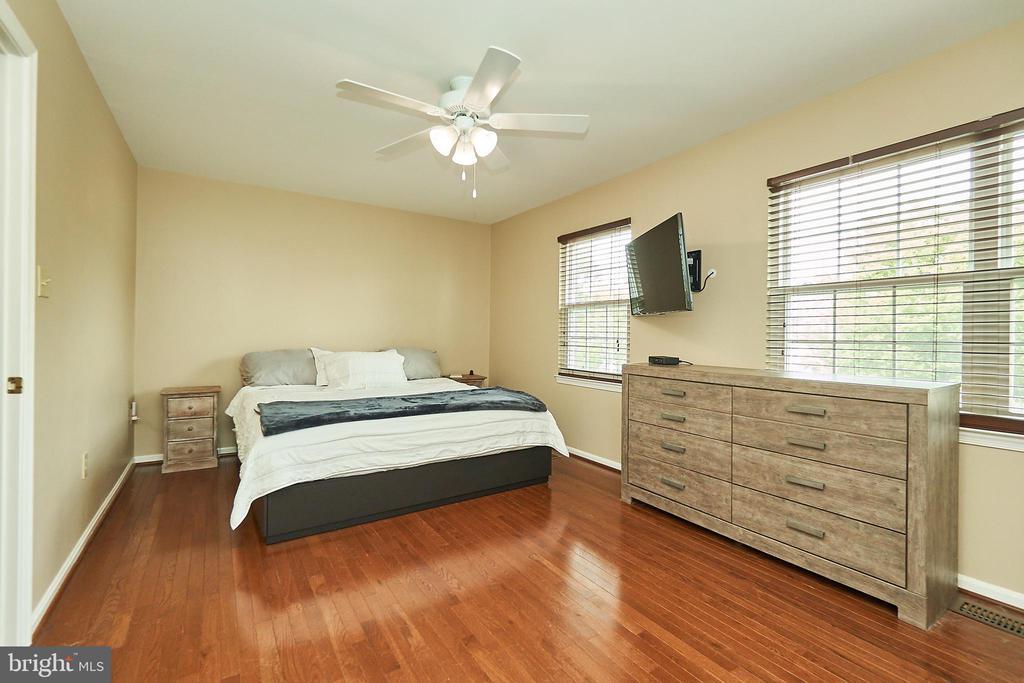 Primary Bedroom - 919 SMARTTS LN NE, LEESBURG