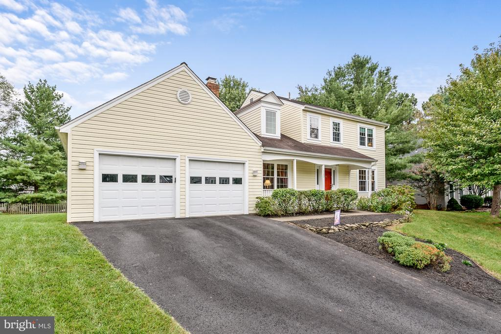Located on quiet cul de sac - 507 STONEY CREEK CT, STERLING