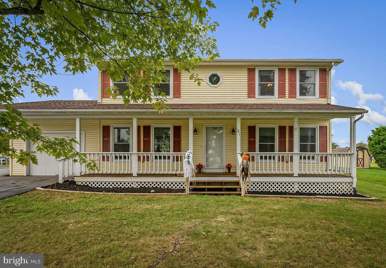 Single Family Homes pour l Vente à Toms Brook, Virginia 22660 États-Unis