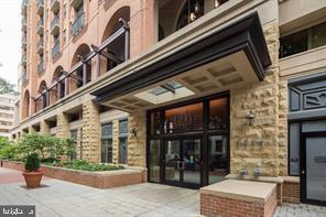1111 25TH ST NW #622