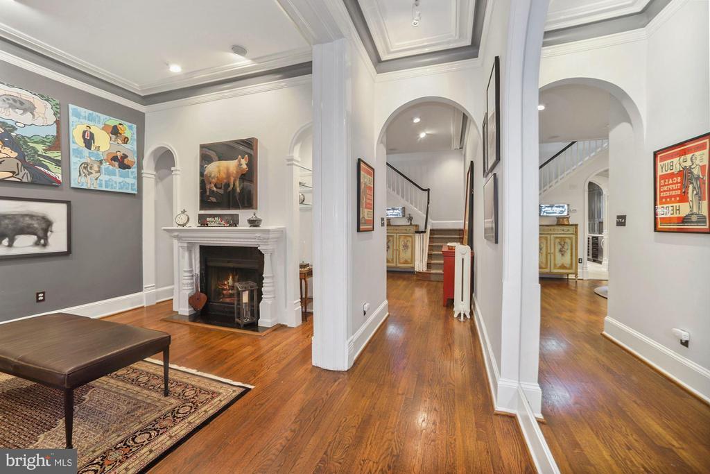 Beautiful hardwood floors throughout - 1310 RHODE ISLAND AVE NW, WASHINGTON
