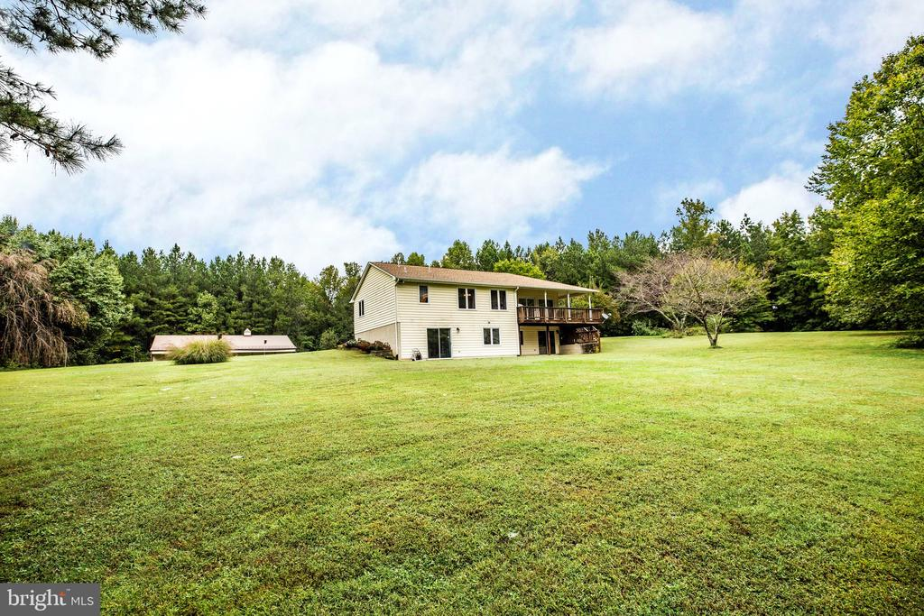 Your private oasis - 6300 MARYE RD, WOODFORD