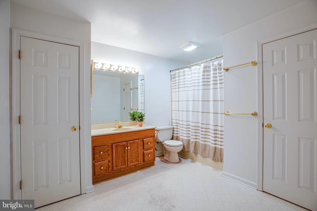 Lower Level Full Bath is spacious - 6300 MARYE RD, WOODFORD