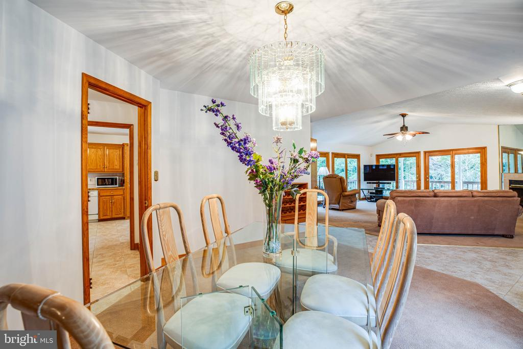 Dining Room is located just off the Kitchen & FR - 6300 MARYE RD, WOODFORD