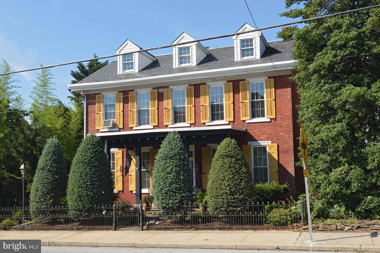 Single Family Homes för Försäljning vid Honey Brook, Pennsylvania 19344 Förenta staterna