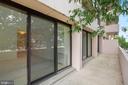 Fantastic balcony - 4141 N HENDERSON RD #123, ARLINGTON