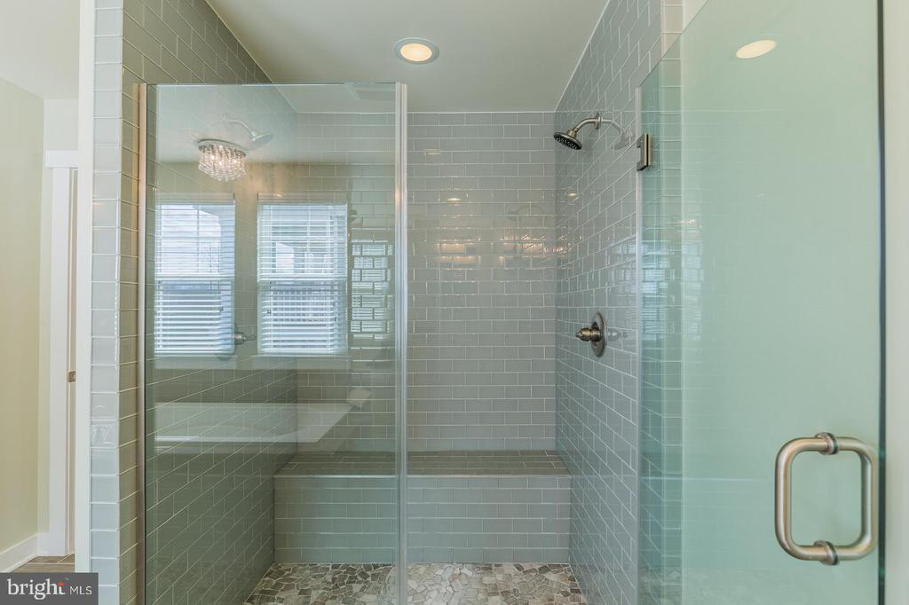 This is a sample of the upgraded tile in this home - 16928 TAKEAWAY LN, DUMFRIES
