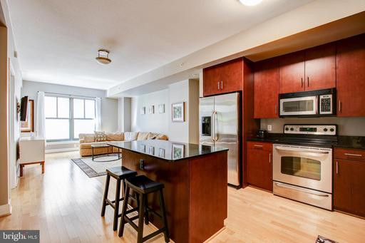 910 M ST NW #306