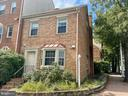 Centrally located end-unit townhome - 1164 N RANDOLPH ST, ARLINGTON