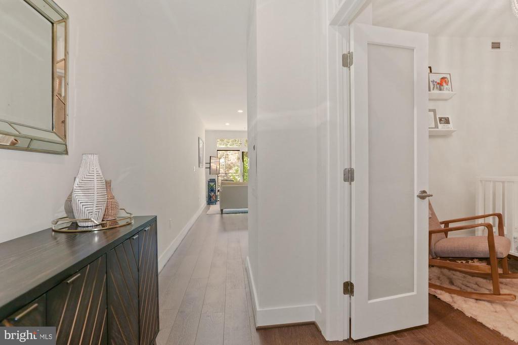 Foyer - Wide Plank Hardwood Floors - 2337 CHAMPLAIN ST NW #104, WASHINGTON