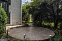 Circular patio - 5 JAMESTOWN CT, STAFFORD