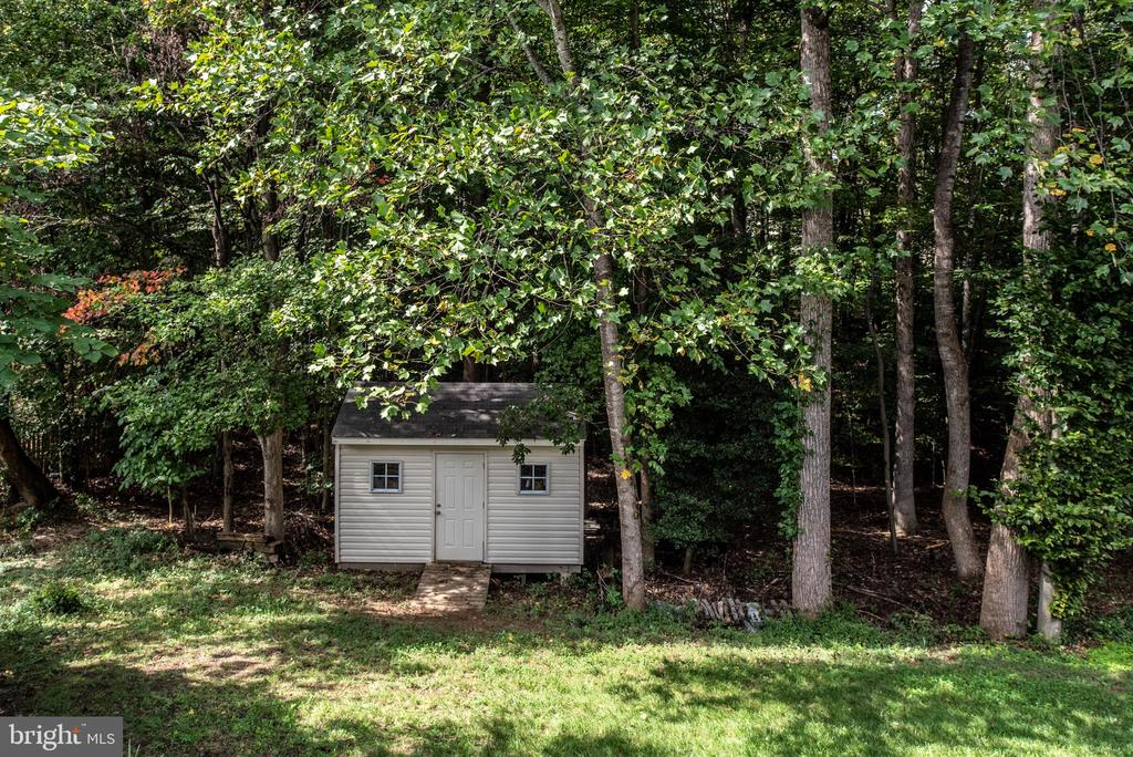 15 X 10 shed - 5 JAMESTOWN CT, STAFFORD