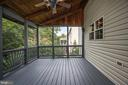 Screened in porch with ceiling fan - 5 JAMESTOWN CT, STAFFORD