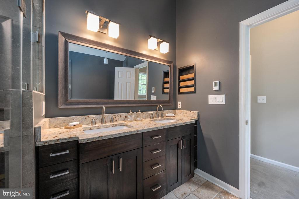 Primary bathroom will amaze you - 5 JAMESTOWN CT, STAFFORD