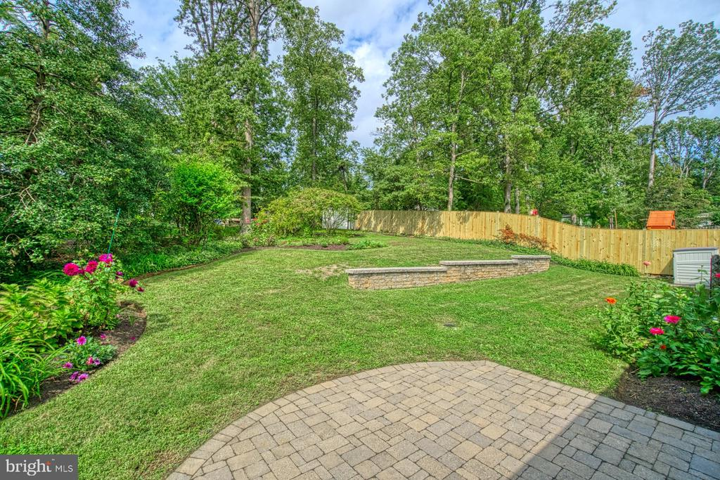 Look at the Possibilities! - 3130 VALLEY LN, FALLS CHURCH