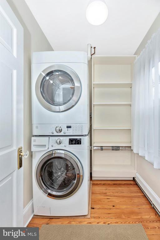 2nd Floor Apartment-Laundry Room - 316 W COLLEGE TER, FREDERICK
