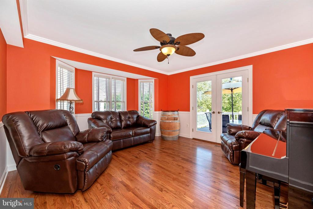 Living Room - 8904 KNOLLWOOD WAY, FREDERICK