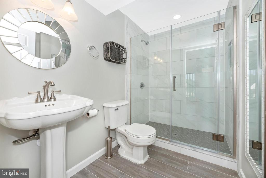 Lower Level Full Bathroom - 8904 KNOLLWOOD WAY, FREDERICK