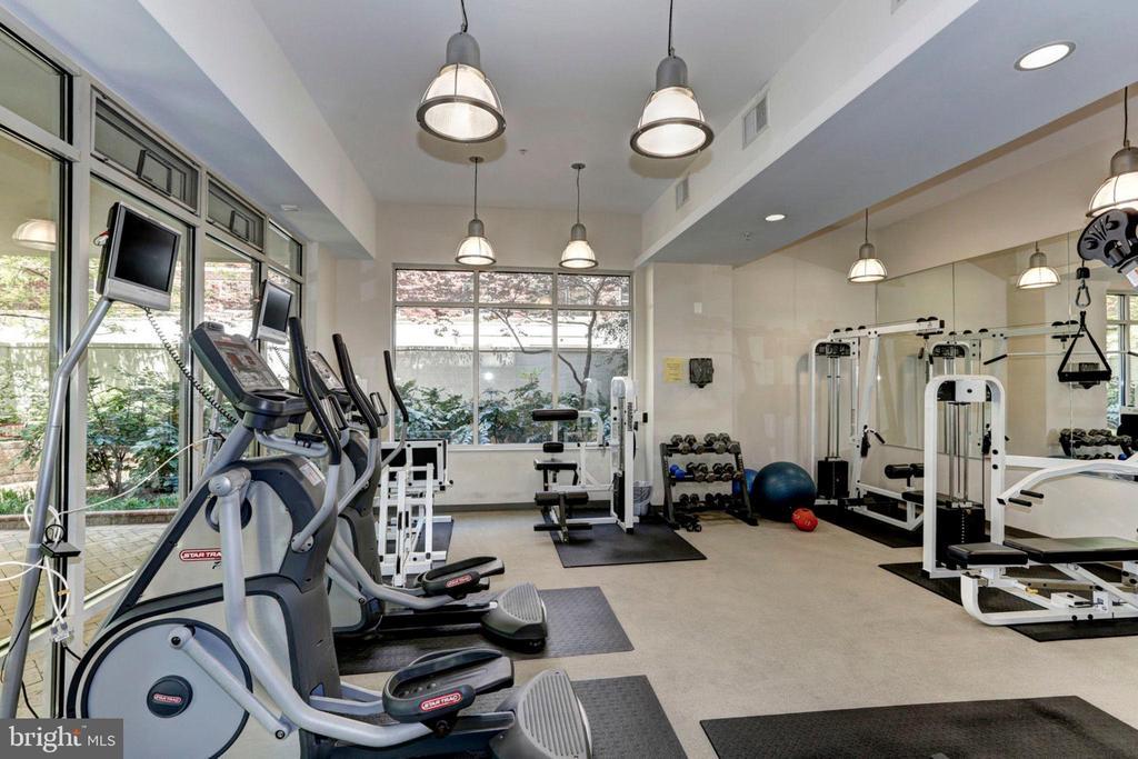 fitness center - 820 N POLLARD ST #504, ARLINGTON