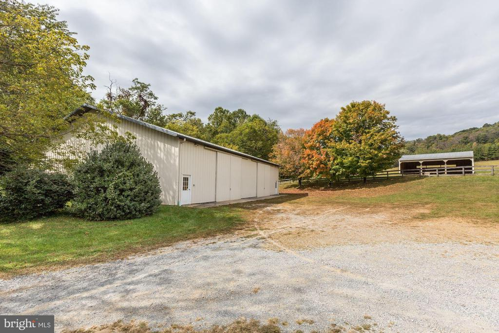 Large  Machine shed - 8730 FOX GAP RD, MIDDLETOWN