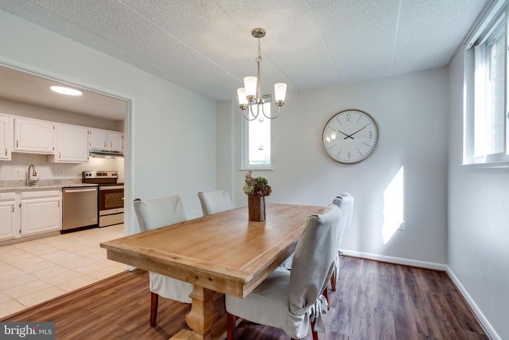 Dining Room / Kitchen - 5160 MARIS AVE #100, ALEXANDRIA