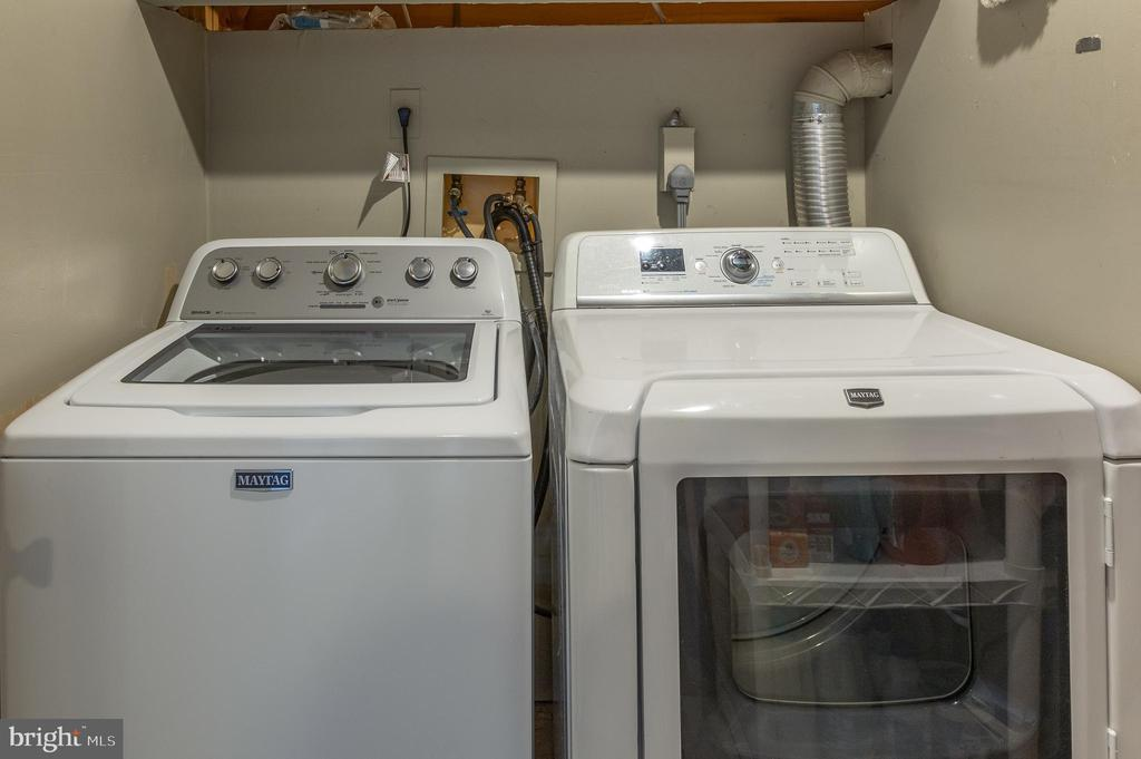 Brand new washing machine - 14641 STREAM POND DR, CENTREVILLE