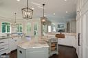 Gourmet Kitchen - 7853 LANGLEY RIDGE RD, MCLEAN