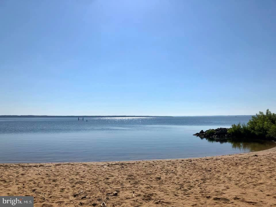 1 mile to this lovely beach! - 53 BROOKE CREST LN, STAFFORD