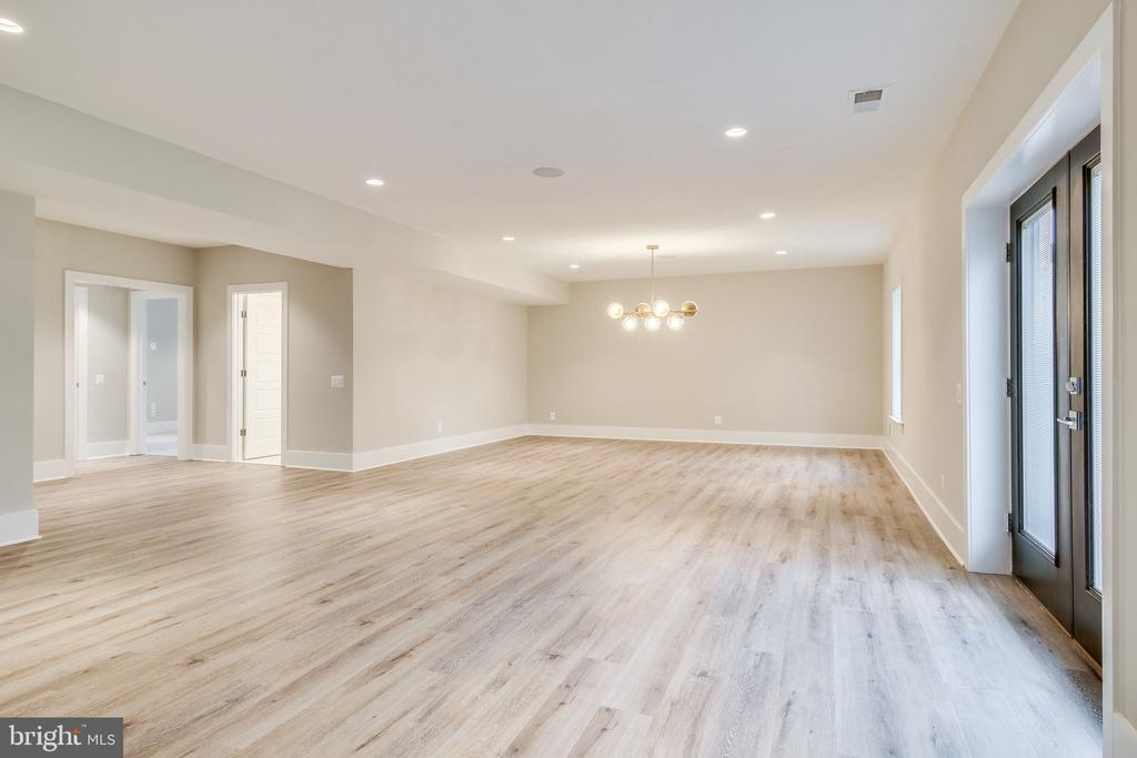 Basement Rec Room - 11705 VALLEY RD, FAIRFAX
