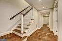 Lower Level Landing - 216 8TH ST NE #B, WASHINGTON