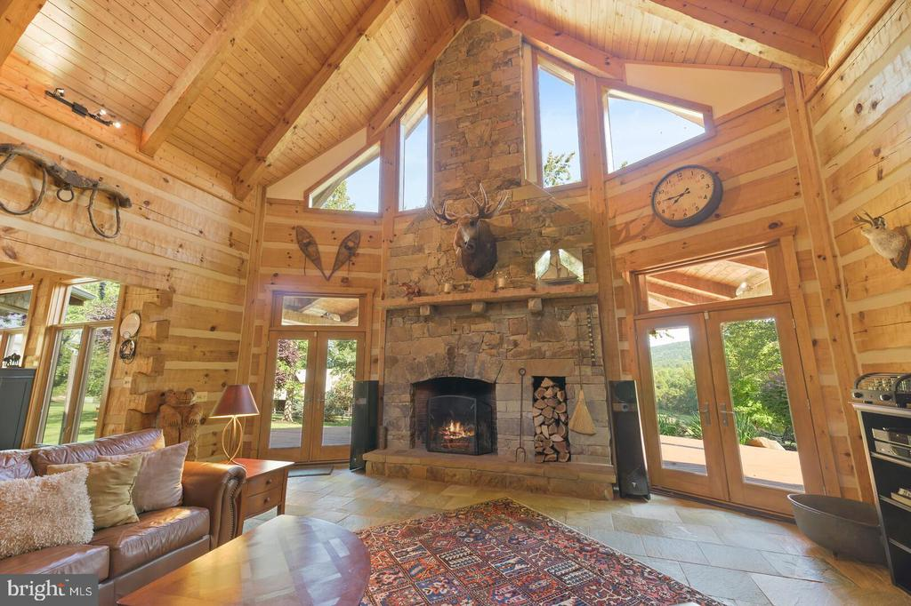 Family Room with Wood Burning Fireplace - 12904 & 12898 SAGLE RD, HILLSBORO