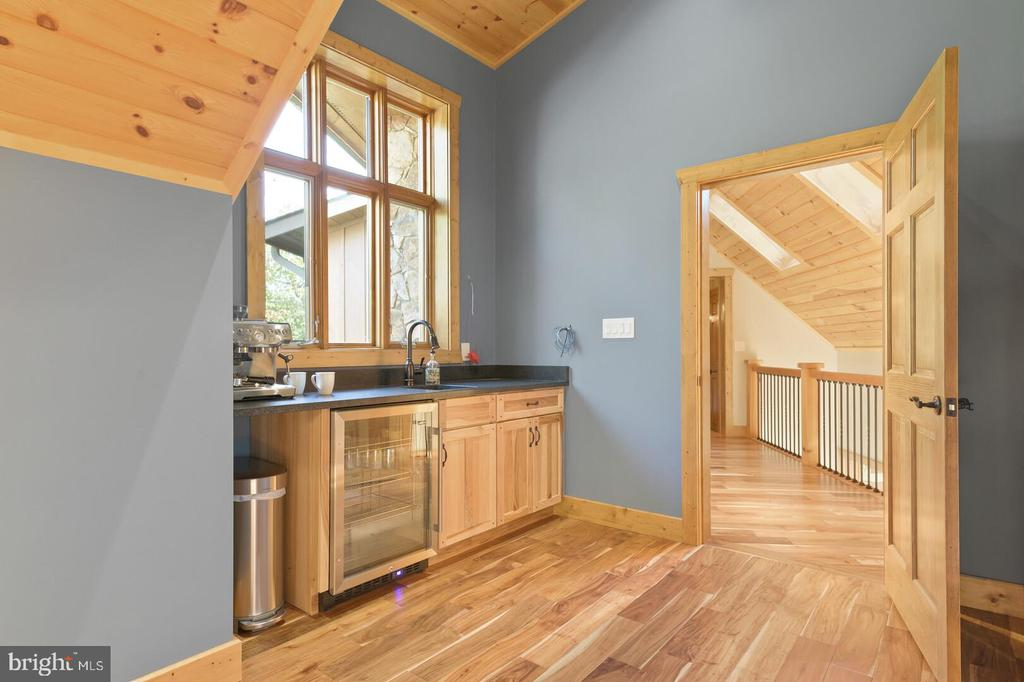 Upper Level Primary Bedroom Coffee Bar - 12904 & 12898 SAGLE RD, HILLSBORO