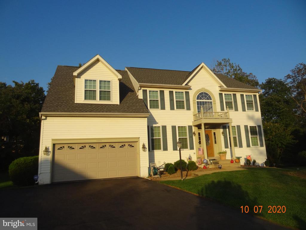 House is on a Cul De Sac - 10383 SESAME CT, MANASSAS