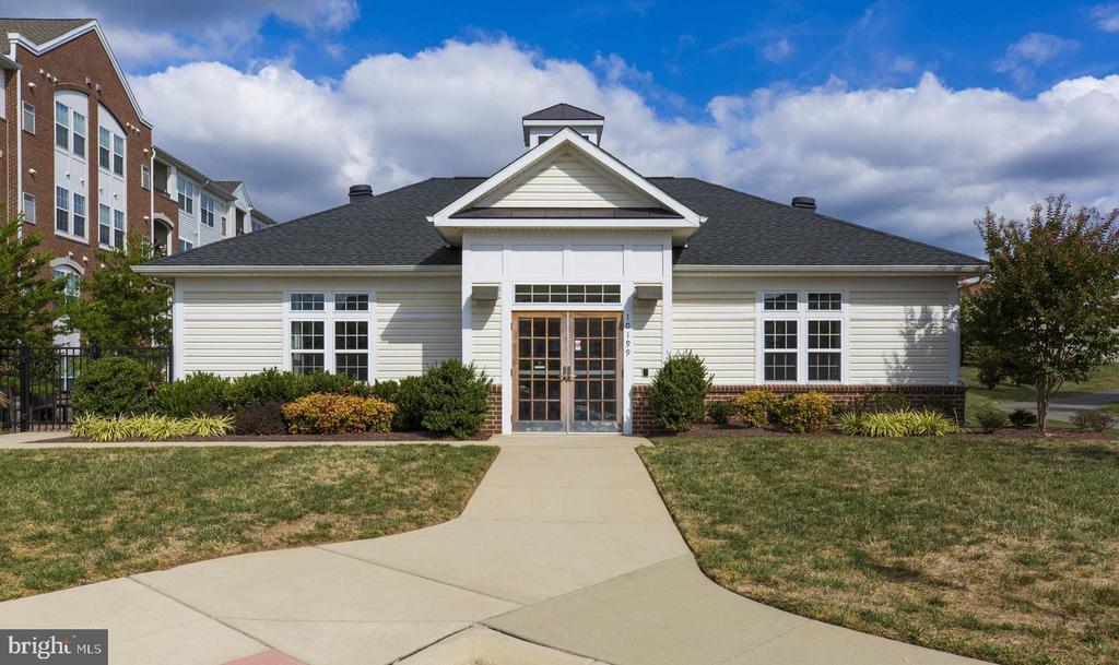 Clubhouse for private or community gatherings - 9202 CHARLESTON DR #301, MANASSAS