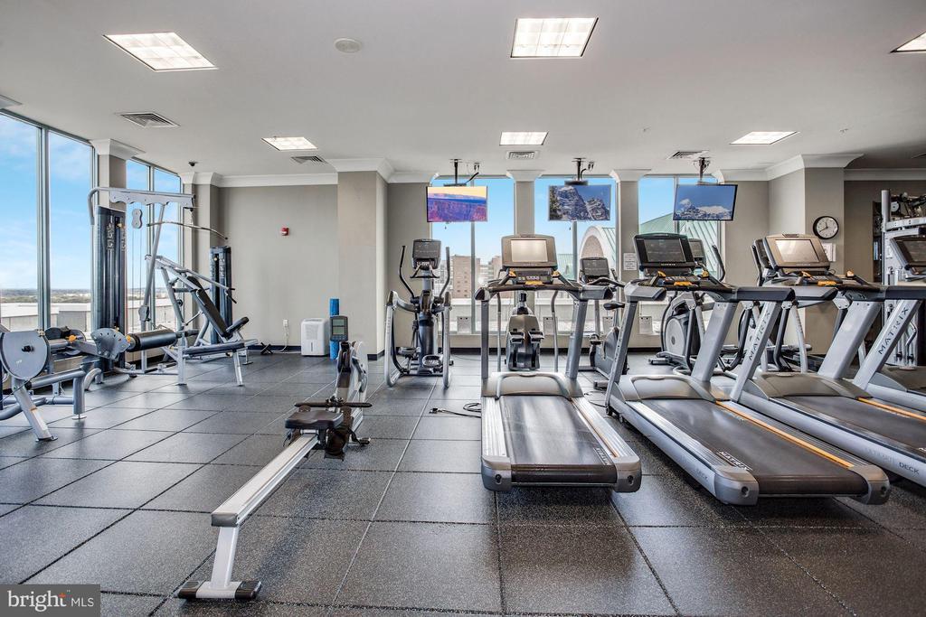 In-House Fitness on top floor - 851 N GLEBE RD #1117, ARLINGTON