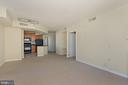 Living Room Reverse View - 851 N GLEBE RD #1117, ARLINGTON