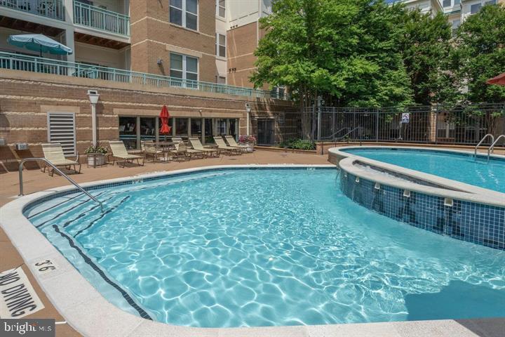 Community pool - 12001 MARKET ST #440, RESTON