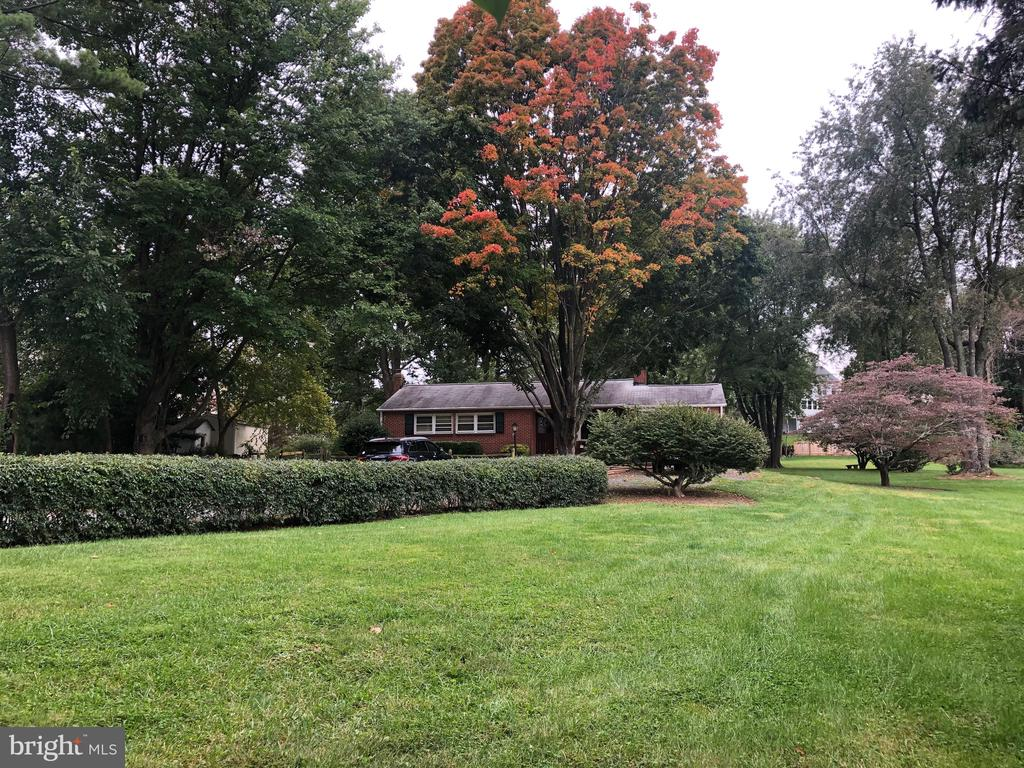 Welcome to 161 Lawson Rd SE Leesburg, VA 20175 - 161 LAWSON RD SE, LEESBURG