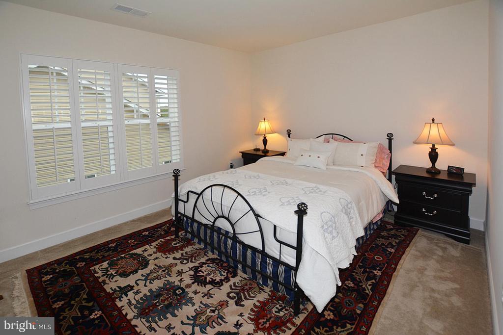 Lower level 5th bedroom - 7614 CHESTNUT ST, MANASSAS