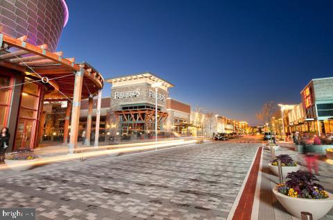 Stonebridge Potomac Town center - 2480 POTOMAC RIVER BLVD, DUMFRIES