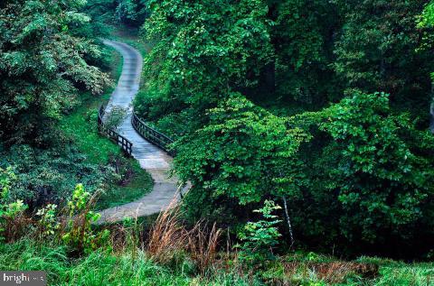 Walking trails - 2480 POTOMAC RIVER BLVD, DUMFRIES