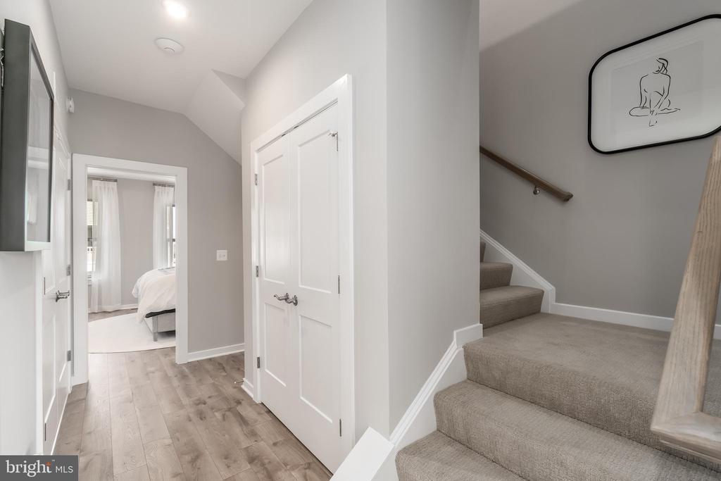 Upstairs Hallway - 0 WOODS OVERLOOK DR, DUMFRIES